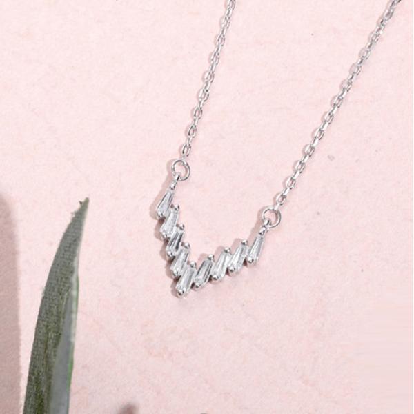 925純銀項鍊女鎖骨鏈聚愛V吊墜簡約短款配飾百搭 1