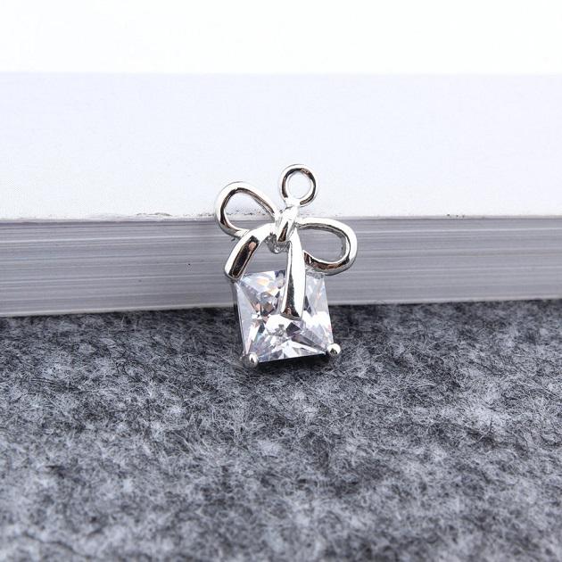 無限大專利磁扣皮革手鍊 X蝴蝶結設計{甜美的公主}鑲嵌真鋯石款 1